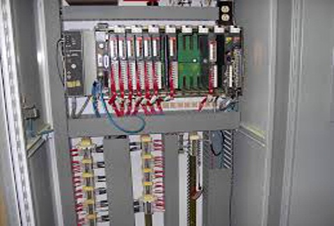 PROGRAMMBLE LOGICAL CONTROLLER (PLC)